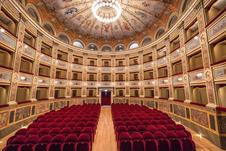 Teatro Nicola Vaccaj, Tolentino