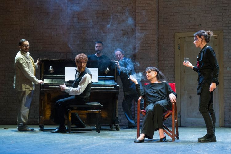 Memorie di Adriana: l'amoreper il teatro tra varietà e malinconia