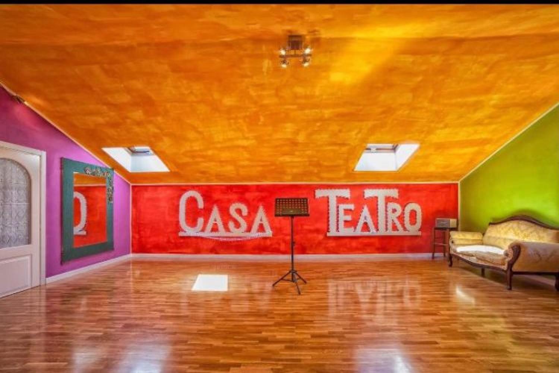 Casa Teatro: uno spazio familiare per laboratori, produzioni e spettacoli