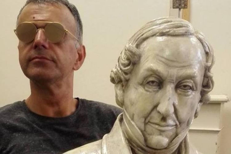 """Lorenzo Regazzo: """"In giro troppe cose già viste, meglio le regie classiche"""""""