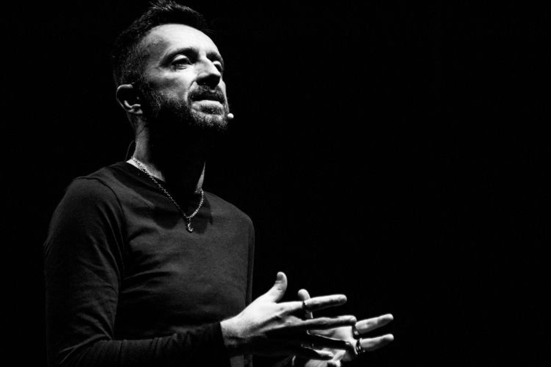Andrea Scanzi: 'Faccio teatro grazie agli insegnamenti di Gaber e alla stima del pubblico'