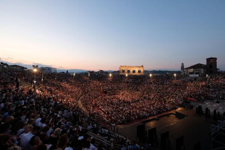 Zeffirelli, Domingo, Bolle e Netrebko tra i protagonisti del 97° festival dell'Arena di Verona
