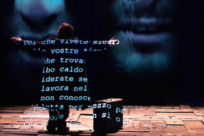 Al Teatro Carignano di Torino Valter Malosti è Primo Levi per raccontare Auschwitz