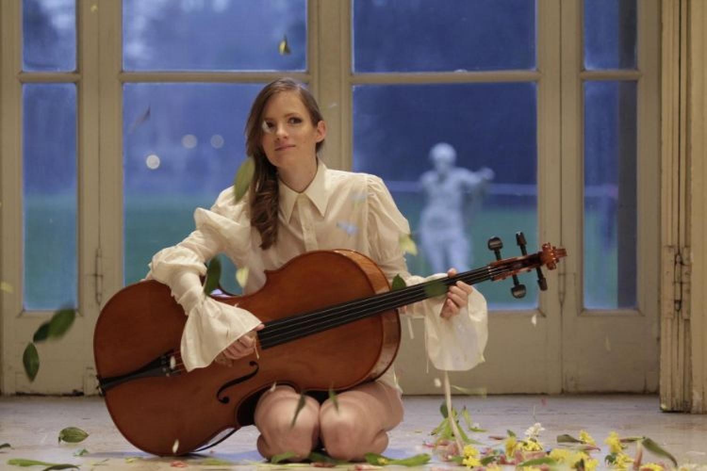 Non solo cantante, non solo violoncellista. Naomi Berill al Cantiere d'Arte 2019
