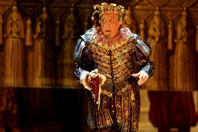 Leo Nucci è Rigoletto con gli allievi dell'Accademia del Teatro Alla Scala