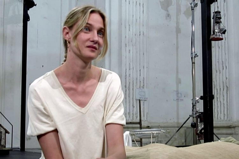 """Eva Riccobono: """"ammiro gli attori di teatro, hanno una marcia in più"""""""