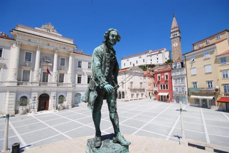 Pirano, il monumento a Giuseppe Tartini