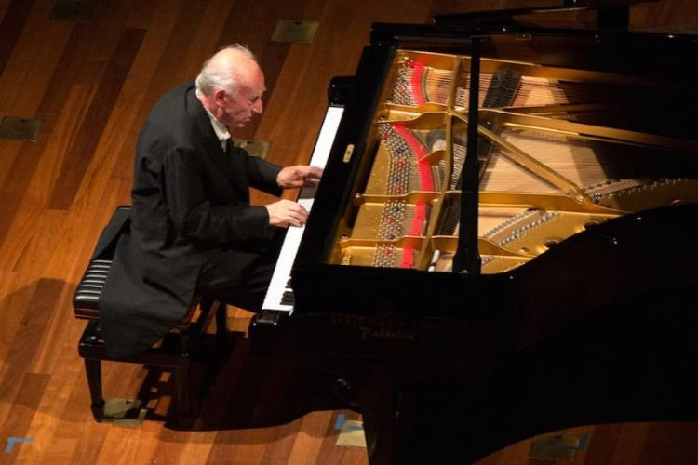 Musica in libreria: Angelo Fabbrini, un mago degli accordatori di pianoforti