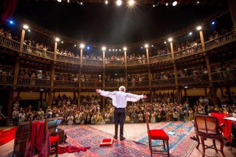 Shakespeare torna in scena al Globe Theatre: il programma presentato da Proietti