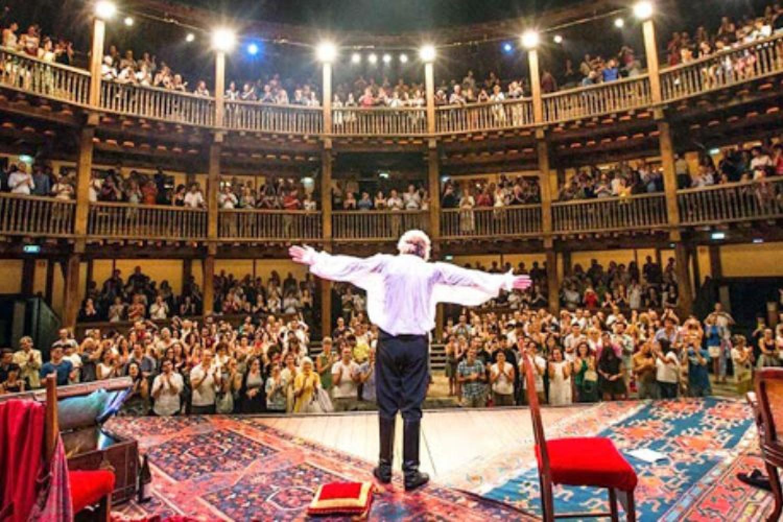 Omaggio al maestro: il Globe Theatre di Roma sarà intitolato a Gigi Proietti