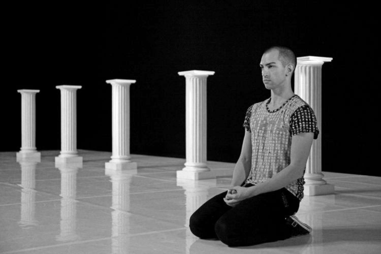"""Matteo Levaggi, coreografo ribelle: """"La danza è morta. Torni a essere fuoco che brucia certezze!"""""""