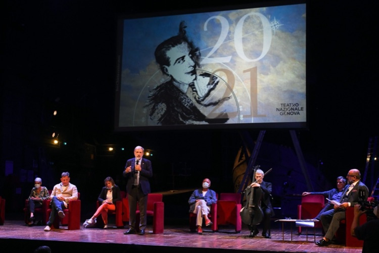 """Il Teatro Nazionale di Genova lancia la stagione 20/21 al grido di """"Resistere""""!"""