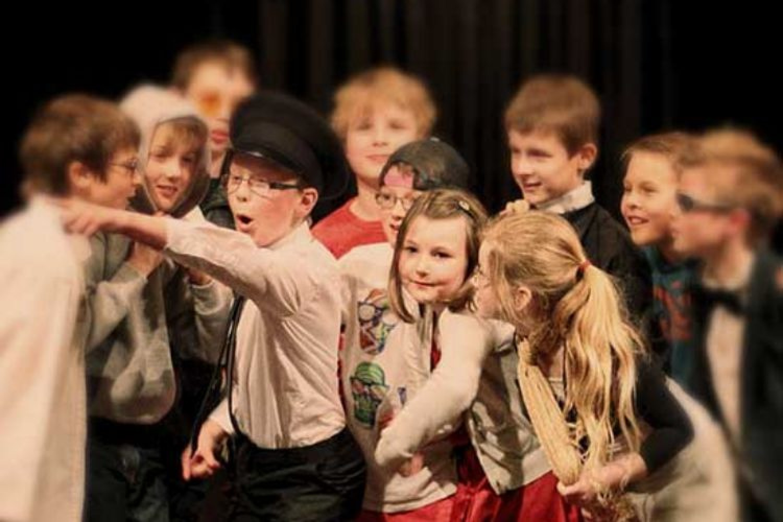 Scuola di Teatro Grock di Milano: corso di teatro per bambini