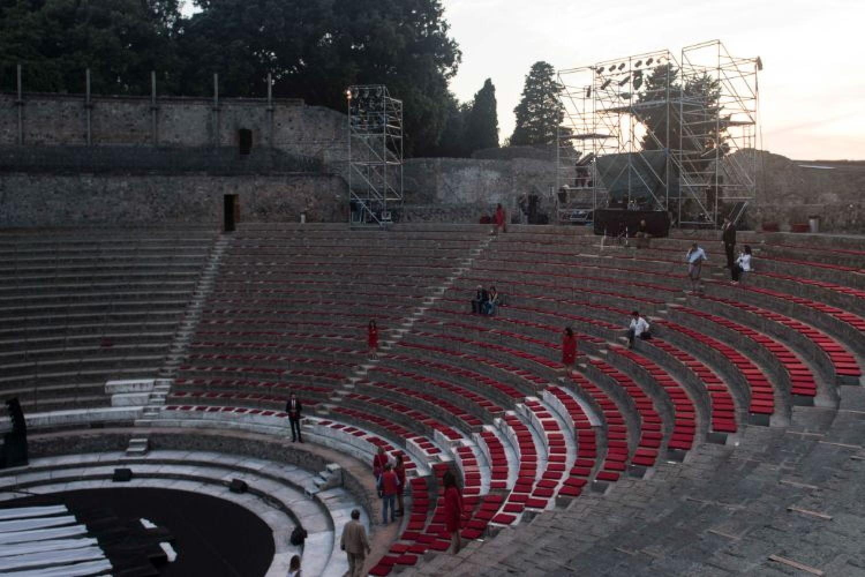 Pompeii Theatrum Mundi, fra le antiche pietre risuonano parole moderne