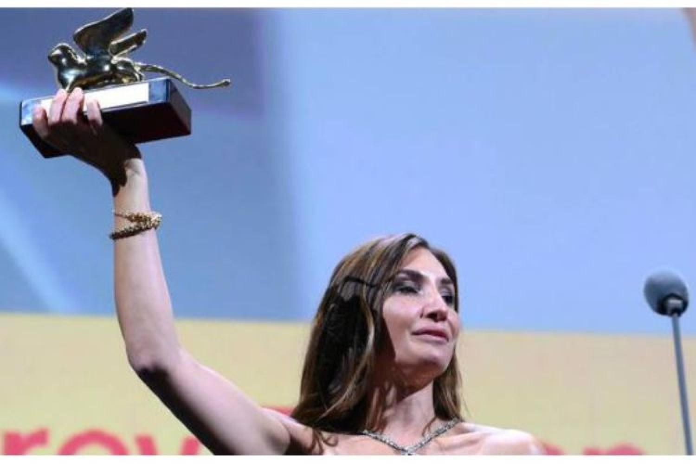 """Venezia 78 - Il Leone ruggisce per Audrey Diwan e per """"La mano di Dio"""""""
