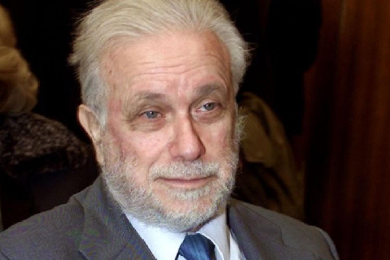 Così parlò Bellavista, l'esordio del Professore al San Carlo di Napoli
