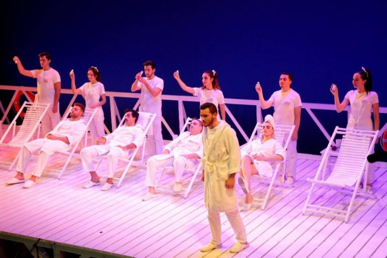 """""""Il viaggio a Reims"""" in streaming, un impetuoso classico al Rossini Opera Festival"""
