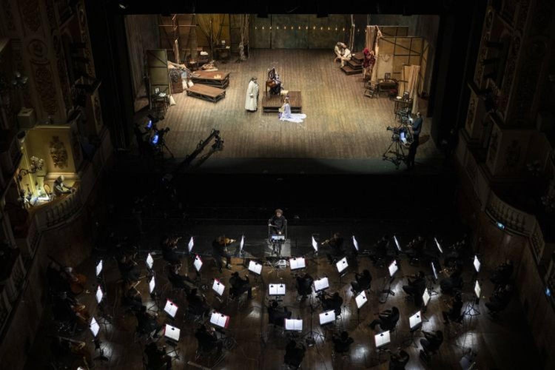 """Quattro epoche differenti per """"Adriana Lecouvreur"""", rivisitata al Comunale di Bologna da Rosetta Cucchi"""