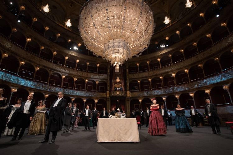 """Un film pensato per la tivù: """"La traviata"""" dell'Opera di Roma su RAI 3"""