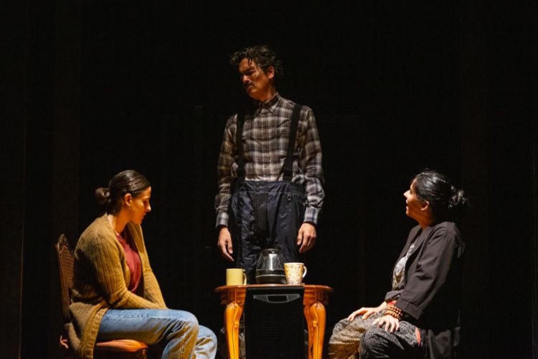 """Dalla Zona Rossa al Campania Teatro Festival: debutta """"Senet"""", il buio fuori e le ombre dentro"""
