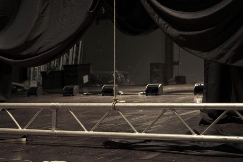 E se il teatro si rappresentasse da sé? L'immaginifico spettacolo di OHT
