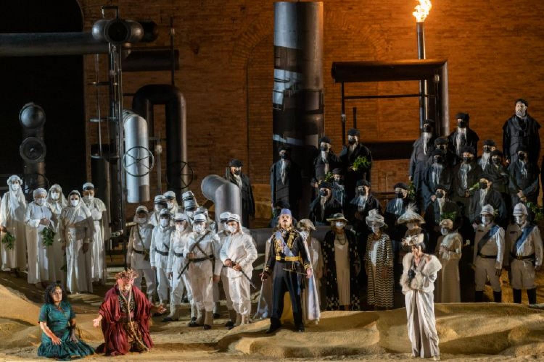 Al Macerata Opera Festival un'Aida che riflette sull'universalità dei conflitti umani