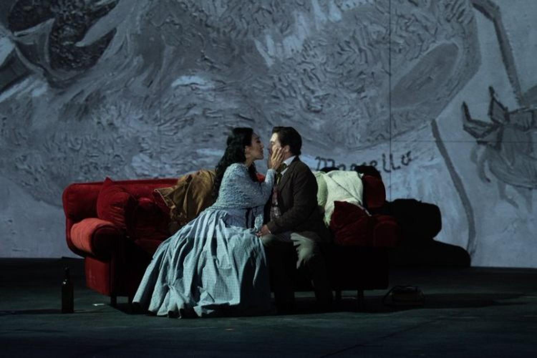I colori festosi di Davide Livermore per La Bohème al Circo Massimo