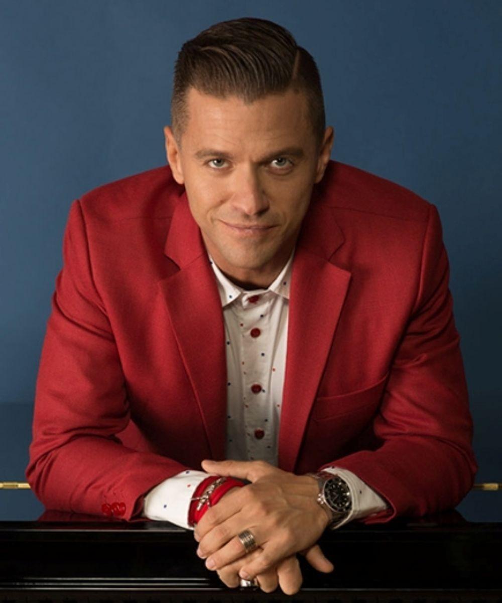Piano Man Live Tour