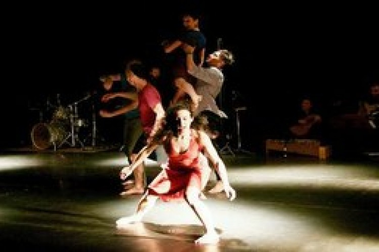'Circle', per una nuova grammatica della danza