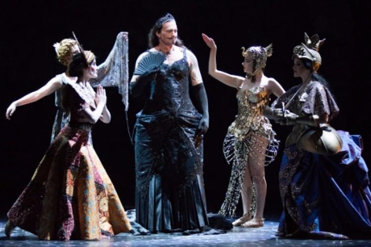 Torna in Italia il magnifico Faust di McVicar