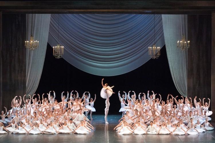 La Scuola di Ballo del Teatro di San Carlo torna in scena il 24 giugno