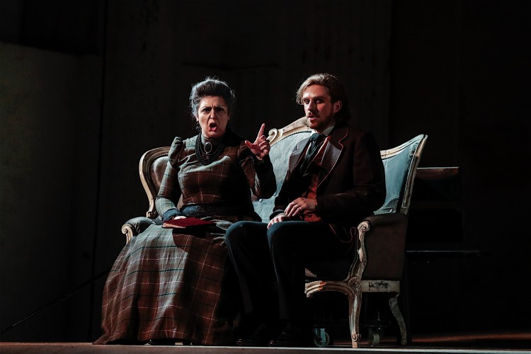 Colla mette in opera Wilde, applausi a Spoleto