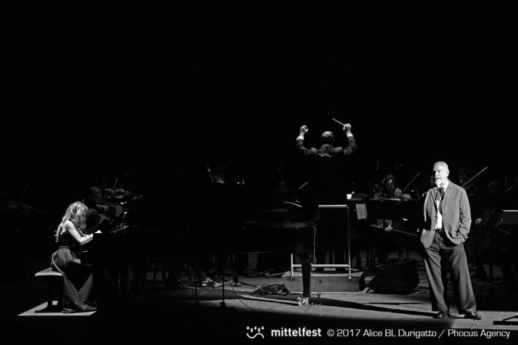 """""""Report on the blind"""": John Malkovich legge Ernesto Sábato al Mittelfest 2017"""
