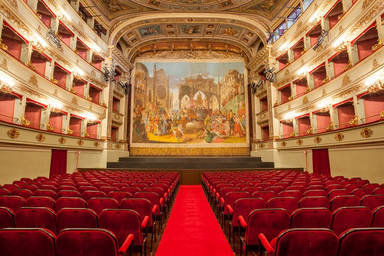 Ancona e Jesi: una stagione lirica per due teatri