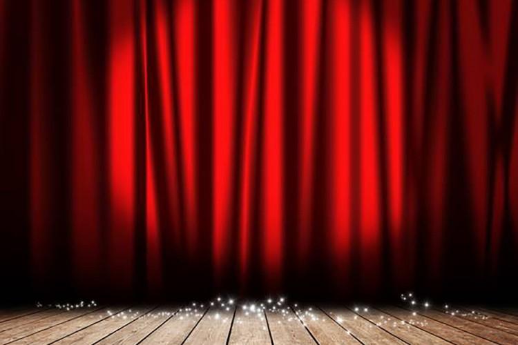 Casting per attore in età tra i 40 ed i 55 anni per Commedia
