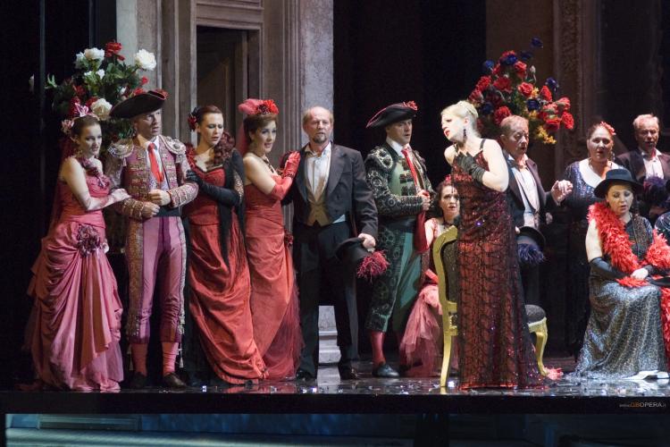 Teatro Petruzzelli, la stagione 2018 porta a Bari la grande Opera e star internazionali