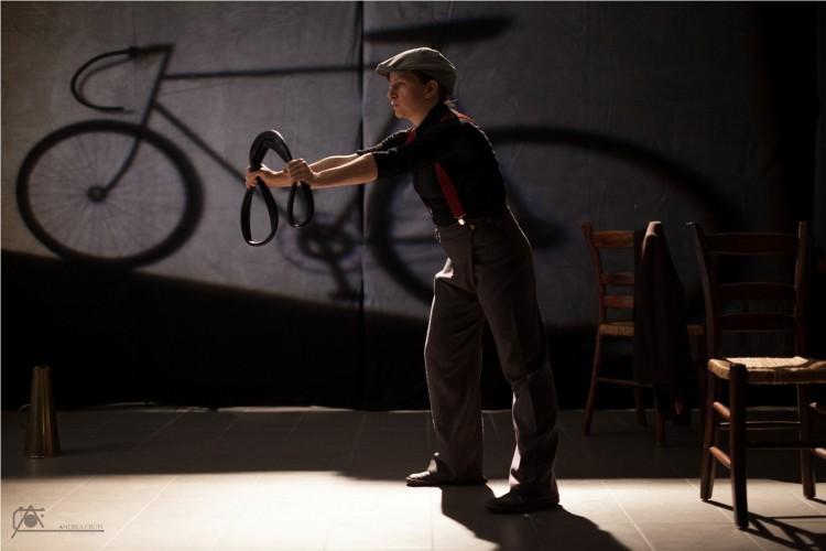 A Brescia il teatro va in bicicletta