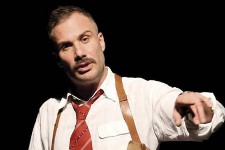 """Matteo Taranto: """"Il mio teatro dal palcoscenico al parcheggio"""""""