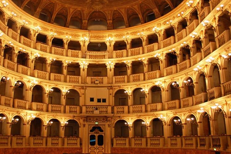 Bologna, la stagione 2018 del Teatro Comunale
