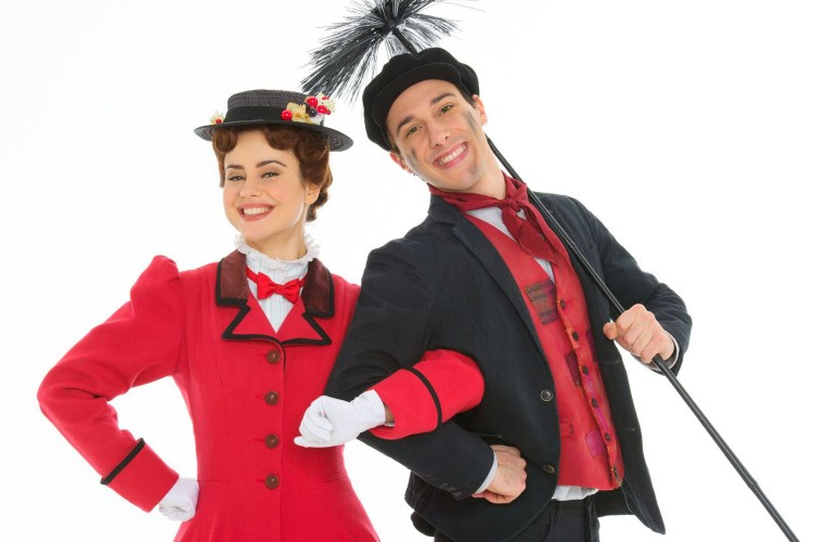 La Mary Poppins italiana arriva in teatro
