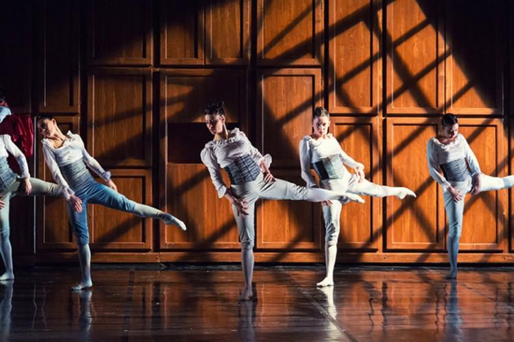 La musica e la vita di Rossini diventano danza con la compagnia Spellbound a Cremona