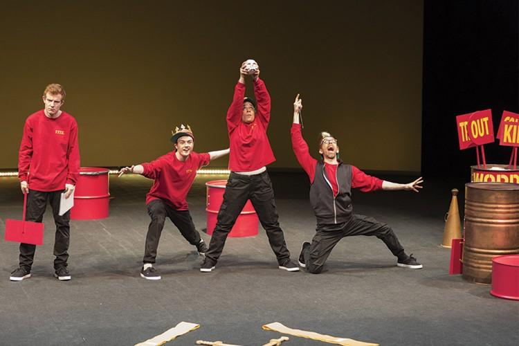 Shakespeare vietato ai maggiori di 12 anni: A compact Coriolanus al Piccolo di Milano