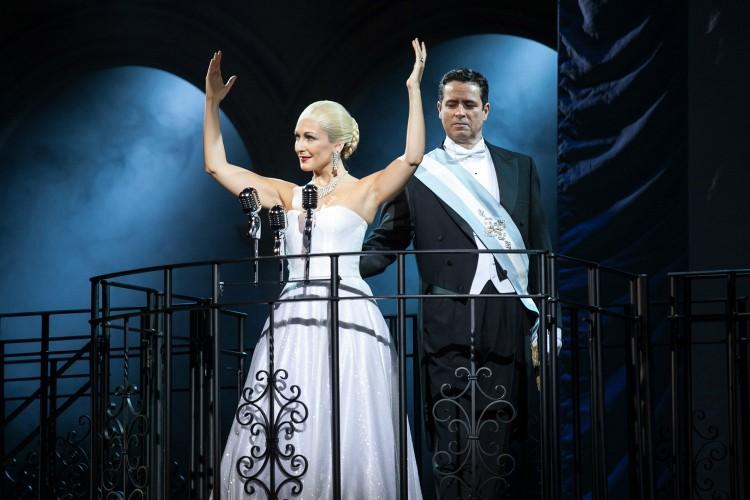 Evita, a Torino il musical eseguito per la prima volta da un'orchestra sinfonica