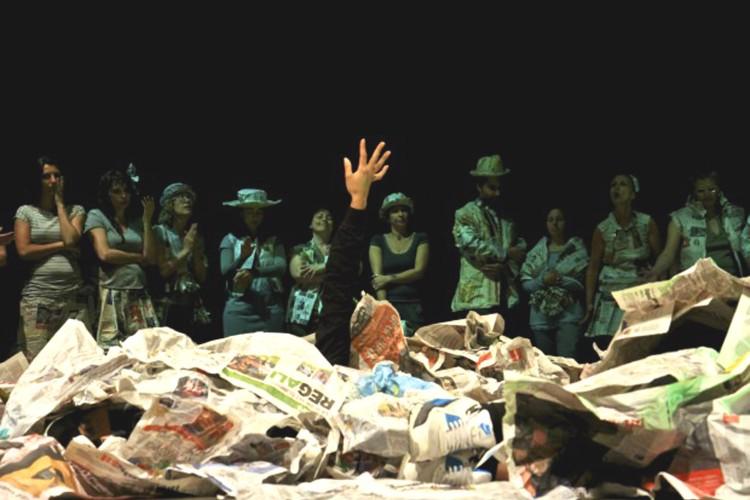 Teatro oltre le sbarre: le detenute di Genova in scena all'Archivolto