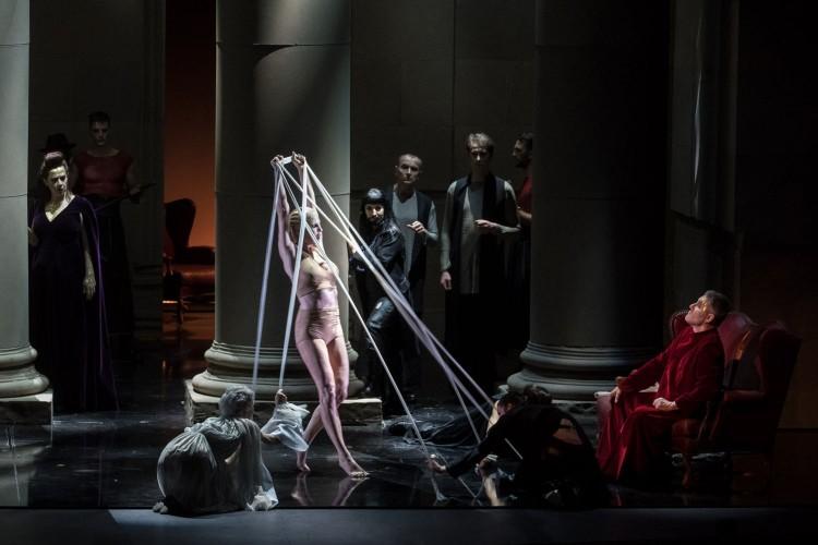 """Salome"": esotismo, erotismo e un pizzico di kitsch"