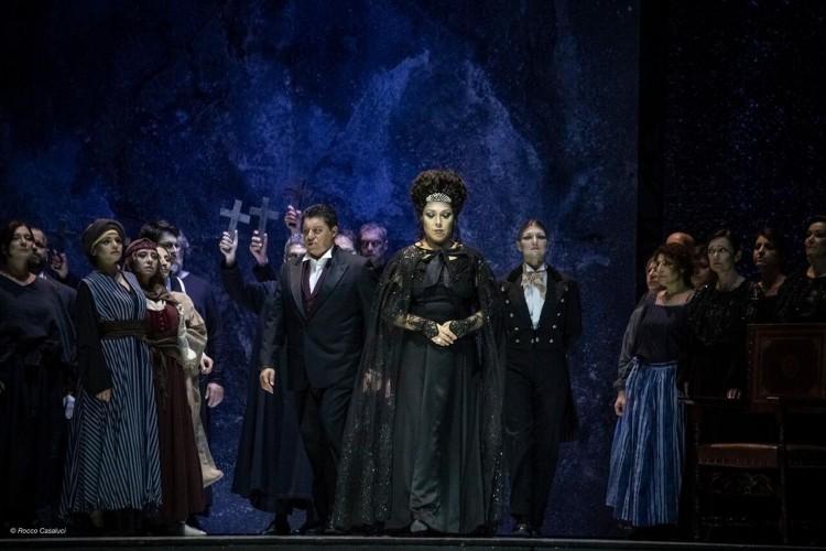 """E' un trionfo il """"Don Carlo"""" di Mariotti"""