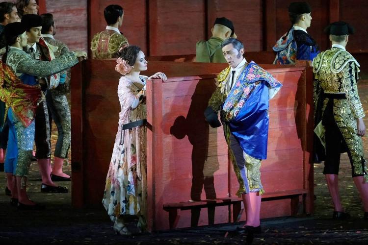 Grande successo per la prima dell'Arena Opera Festival: Carmen contro il femminicidio