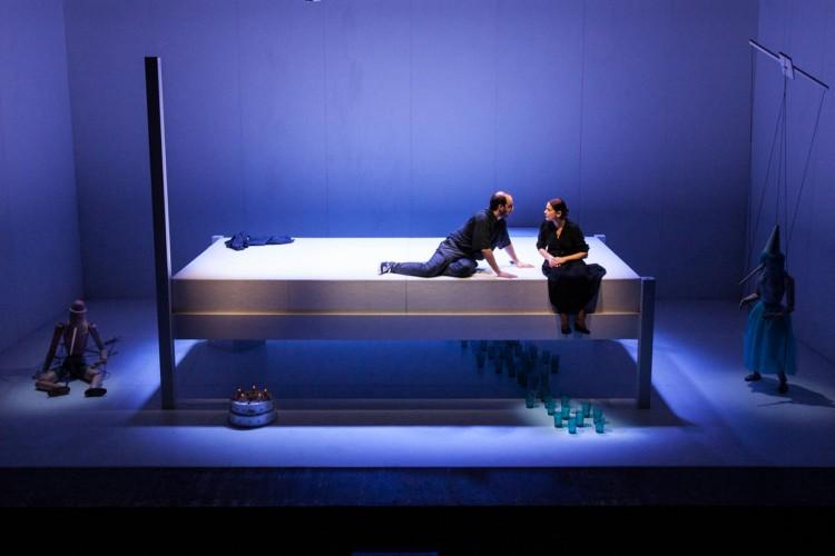 Il Napoli Teatro Festival apre con la Regina