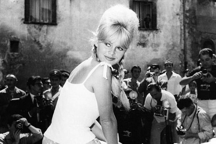 Spoleto, Brigitte Bardot e i galeotti: storie vecchie e nuove dal Festival dei Due Mondi