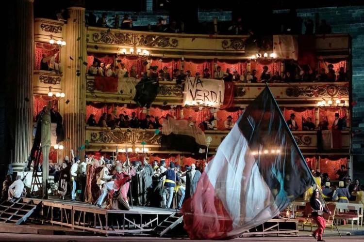 Con Nabucco la Scala torna in Arena